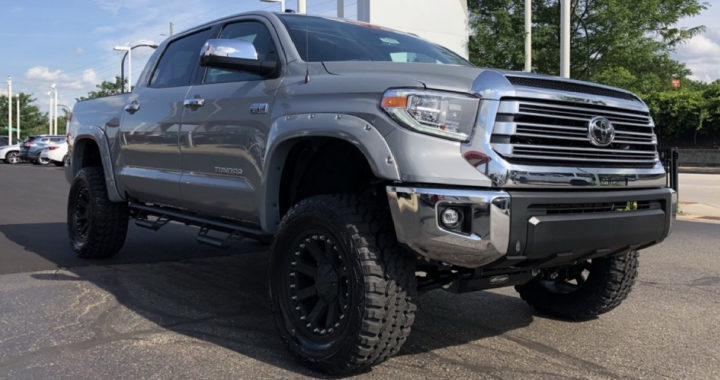 Lifted Toyota Tundra Limited CrewMax for Sale in Akron